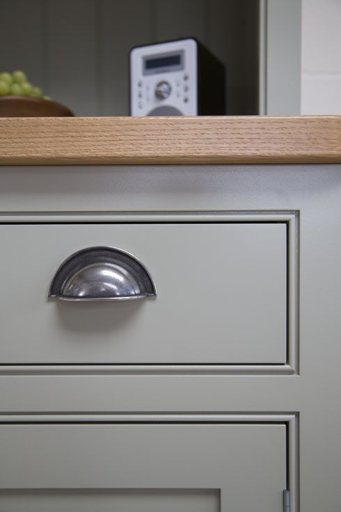 14 best Beaded shaker style kitchen images on Pinterest   Shaker ...