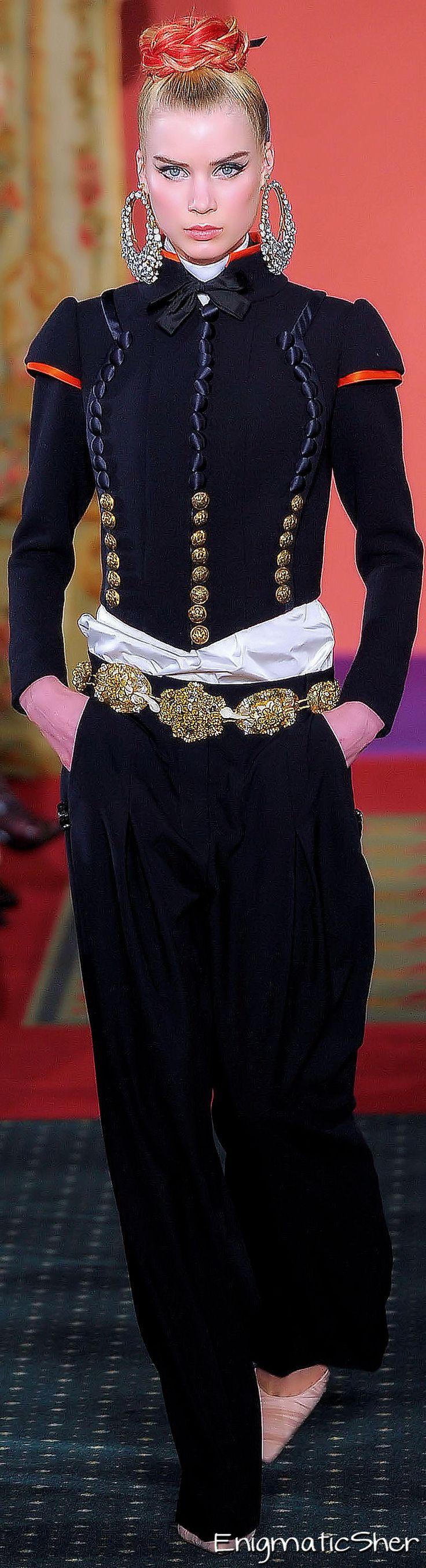 #2locos www.2locos.com Christian Lacroix Spring Summer 2009 Haute Couture