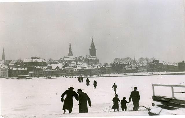 bevroren-Waal1febr1942