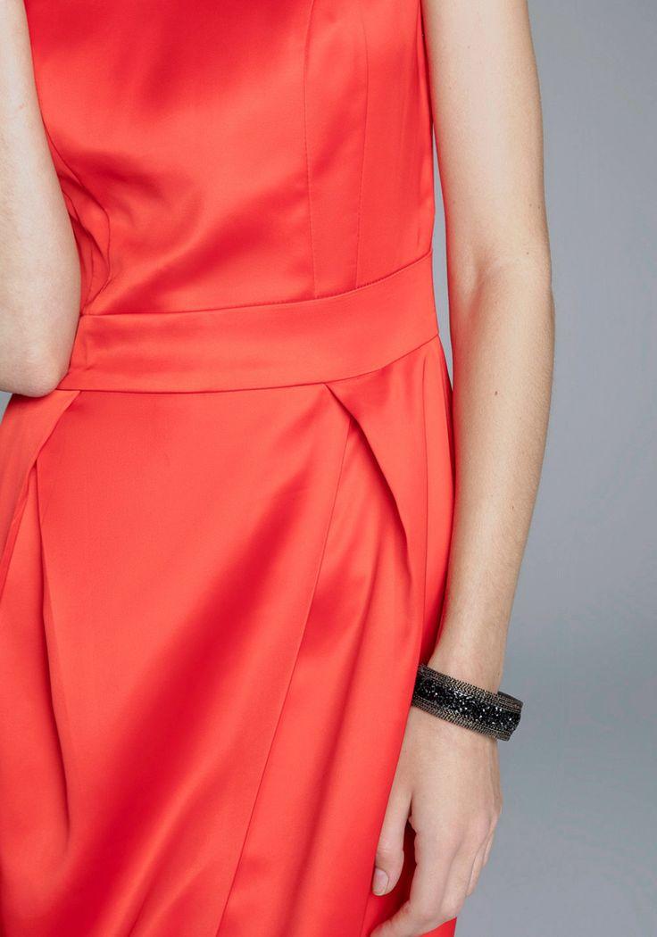 Платье : цена 2 599 руб. Купить с доставкой по России в интернет-магазине Zarina