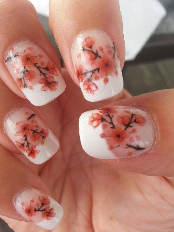 Image via   I love Korean nail art