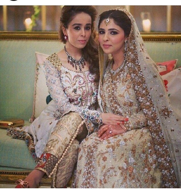 Bride in Bunto Kazmi Pakistani fashion Designer