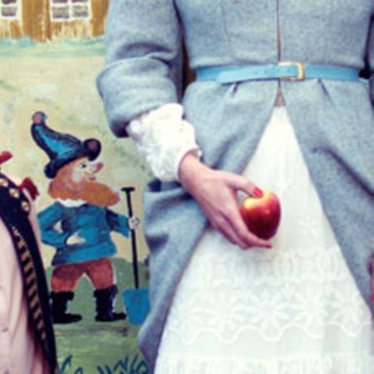 """Zipfelmütze stricken - """"Die sieben Zwerge lassen grüßen! Wir stricken uns eine Zipfelmütze oder zwei und kommen damit warm durch den Winter. Die Anleitung zum Nachstricken."""""""