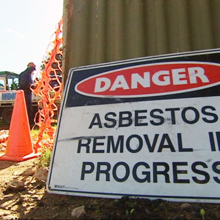 Victims of asbestos-related mesothelioma have joined medical researchers to try and find a cure for the deadly disease. #asbestos #mesothelioma