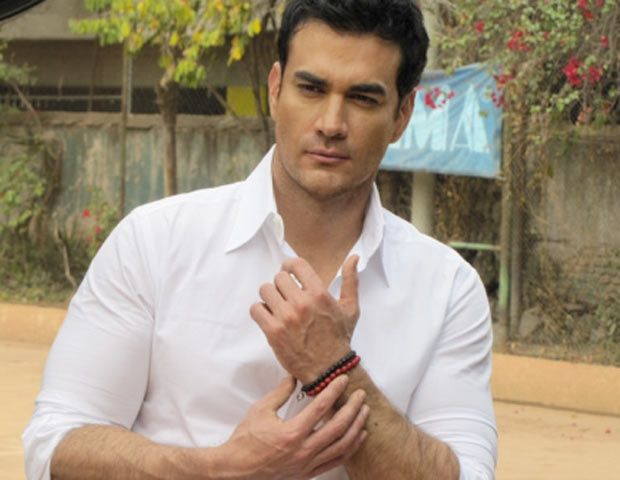 David Zepeda, Mexican actor, b. 1974