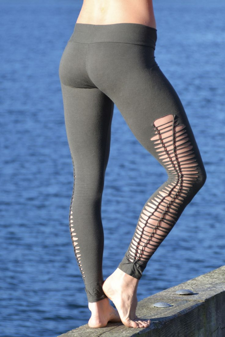 Our Indira Tights with a braided leg, perfect for nice #summer days and #yoga #ecofashion #gogreen