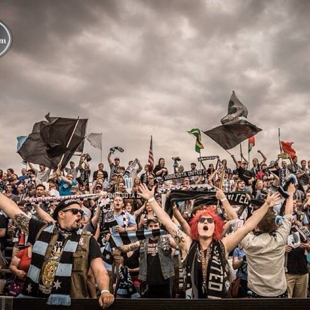 Dark Clouds (Minnesota United FC) NASL (D2) Cred- rysiphoto
