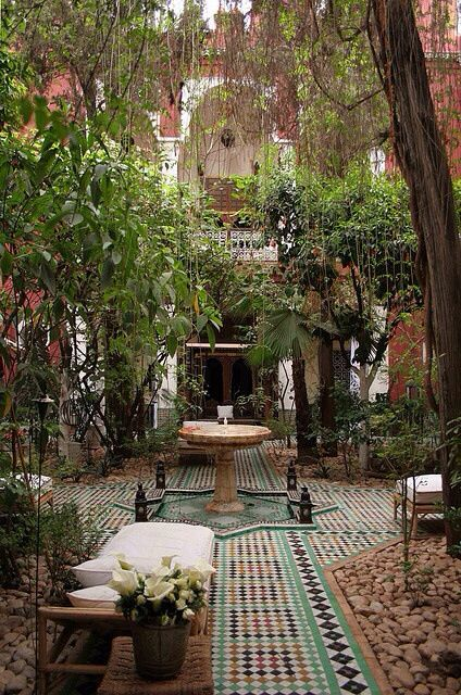 An Old iranian house. Garden Ideas, garden design, gardening, backyard ideas, gardens and gardening, DIY gardening, DIY backyard.