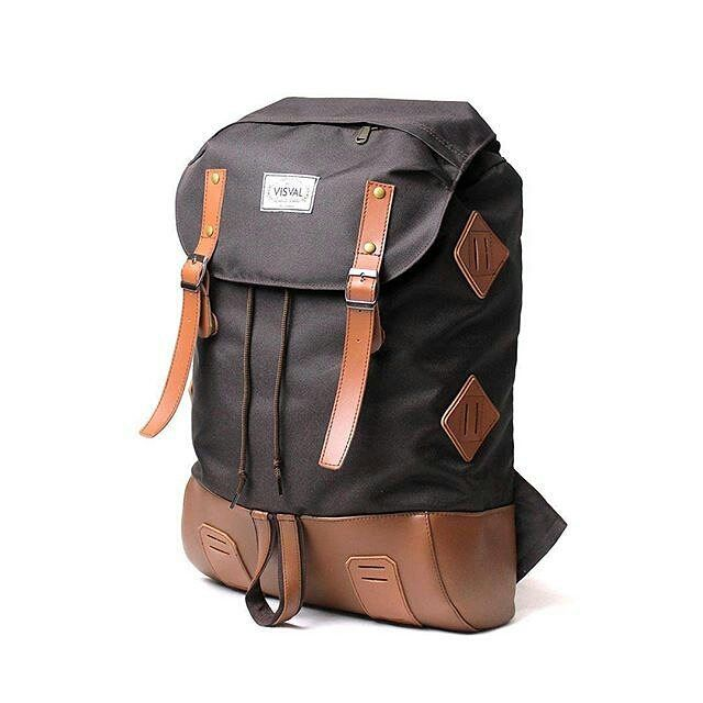 "Bag: VISVAL BARA Brown Fast Response SMS/WA: 08112655799 IDR 299.000  Material: - Poly-Fabric - Faux Leather  Dimension: - 48 x 30 x 14 cm  Specification: - Nice faux leather detailing - One main compartment with drawstring closure - 1 Zippered pocket on flap - Internal padded sleeve fits 15"" laptop - Single secondary pocket on the front - Adjustable padded shoulder straps - Available in 2 colours  #visval #visvalbags #tasransel #ransel #jualtaskorea #ranselmurah #jualtasbrandedmurah…"