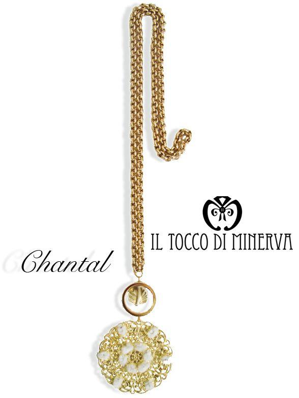 chantal-oro-bianco-collana-medaglione-e-foglia-oro-