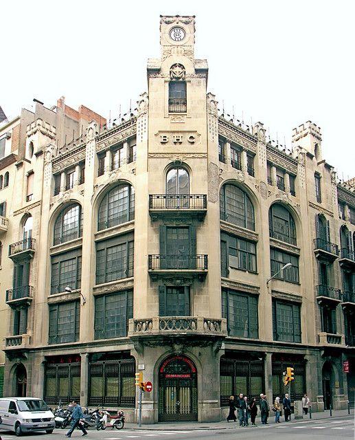 Edifici del Banc Hispano Colonial  1913  Architect: Enric Sagnier i Villavecchia