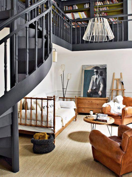 L'escalier couleur ardoise...