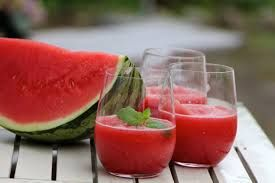 MELON BALL (WATERMELON) Our Watermelon Wine Slush Mix, lime, rum and a little bit of sugar make absolutely refreshing summer drink. This also pairs well with WHITE WINE, RUM, VODKA, MOONSHINE, and more!!!