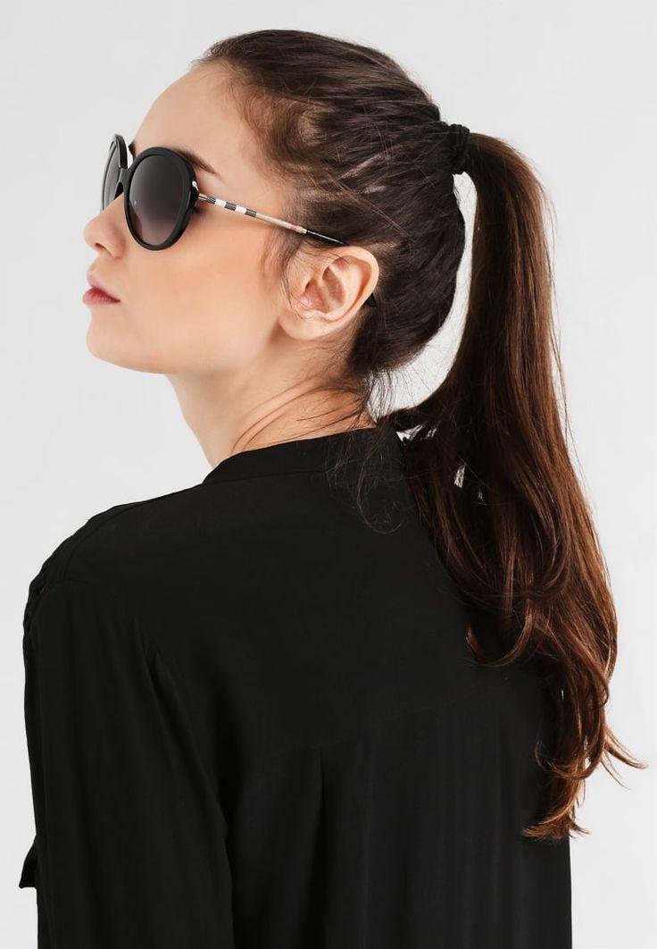 ¡Consigue este tipo de gafas de sol de Burberry ahora! Haz clic para ver los detalles. Envíos gratis a toda España. Burberry Gafas de sol black: Burberry Gafas de sol black Premium   | Premium ¡Haz tu pedido   y disfruta de gastos de enví-o gratuitos! (gafas de sol, gafa de sol, sun, sunglasses, sonnenbrille, lentes de sol, lunettes de soleil, occhiali da sole, sol)