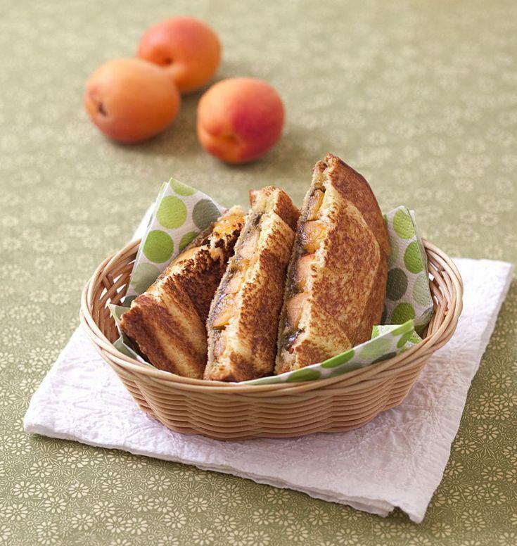 Croque-monsieur sucré abricots pistaches