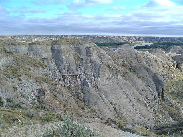 Dinosaur Provincial Park by KiwiHugger, via Flickr