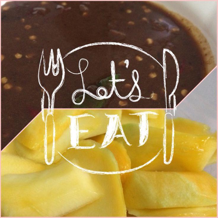Alhamdulillah akhirnya musim mangga juga :) pagi2 abis sarapan langsung deh motong2 mangga dan ngulek bumbu rujak super enak, hhihi.. Alhamdulillah kesampean juga makan mangga muda, dah nahan2 kepinginan dari 3 bulan yg lalu niih.. Hhi  #18-19w #mangga #bumburujak itu pake #gulamerah #terasi #asamjawa #cabairawit #sedikitair #gula #garam #gulapasir #yummy #food #love #like #happy