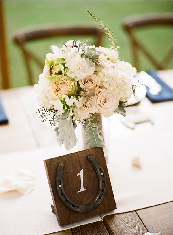 #horseshoe #table #numbers @weddingchicks