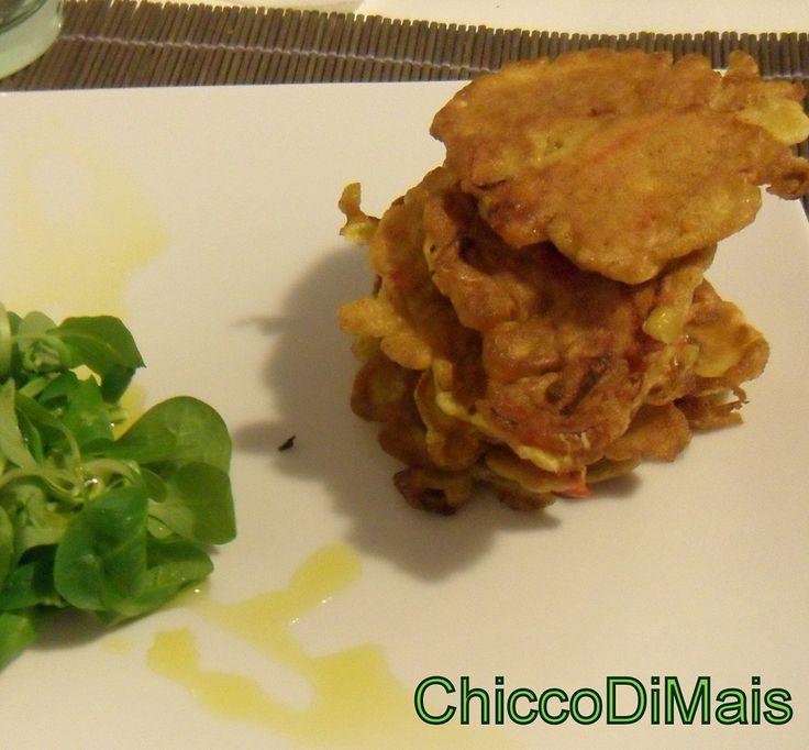 Frittelle di peperoni al curry  http://blog.giallozafferano.it/ilchiccodimais/frittelle-con-peperoni-al-curry/