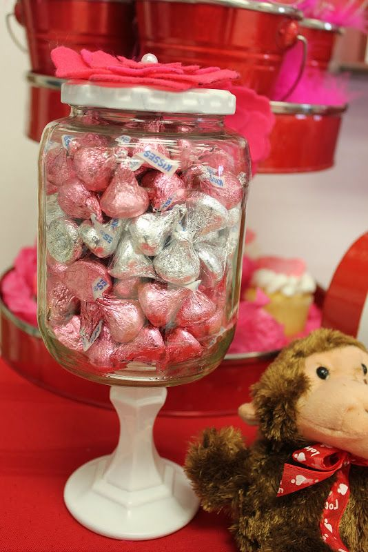 DIY dollar store candy jar: Diy'S, Wedding Ideas, Candy Bar, Maddycakes Muse, Craft Ideas, Valentine S, Candy Jars