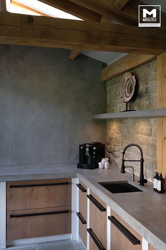 25 beste idee n over buitenkeukens op pinterest achtertuin keuken achtertuinen en - Rode keuken met centraal eiland ...