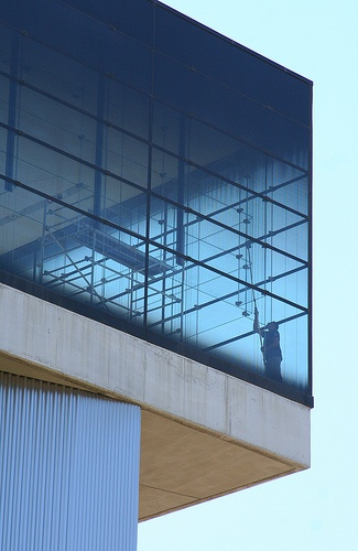 Acropolis Museum, window washing