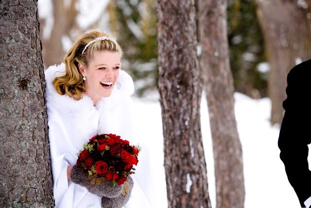 Collingwood, Ontario makes an ideal winter wedding destination