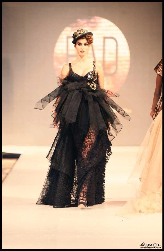 India fashion week  Steampunk .