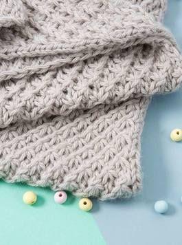 DIY-Anleitung: Babydecke im Sternchenmuster stricken, Decke stricken / knitting inspiration for a knitted baby blanket via DaWanda.com