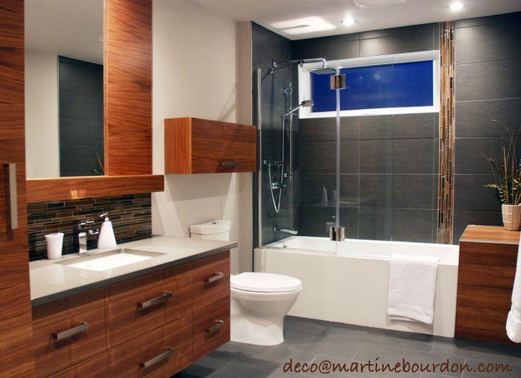 Salle de bain bois gris avec insection verticale maison for Chambre 8m2 deco