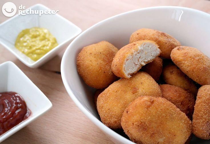 Nuggets de pollo caseros especial para niños, con ingredientes totalmente naturales, jugosos en su interior y crujientes por fuera que estoy seguro de que os encantarán. Preparación paso a paso y fotos.