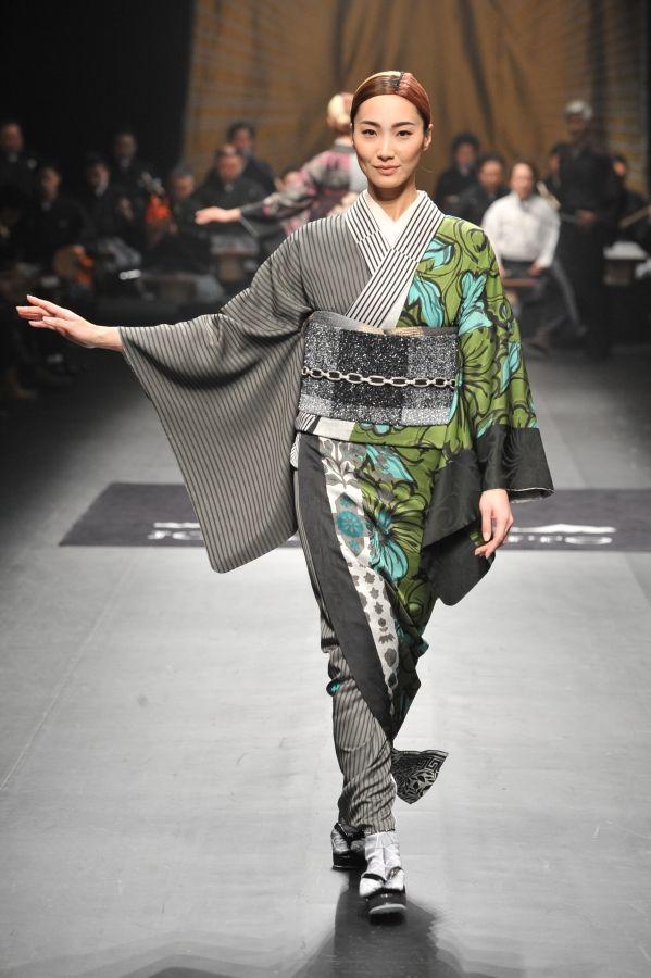 JOTARO SAITO AW 2014   Mercedes-Benz Fashion Week TOKYO