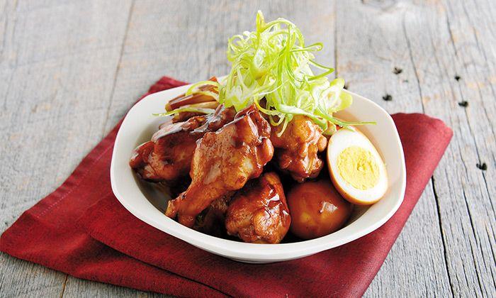 手羽元の料理レシピ。羽の付け根部分「手羽元」は、やわらかい肉質で、手羽先に比べると脂肪分が少なくあっさりした味わい。焼きものや煮もの、揚げものにおすすめです。