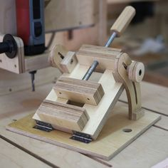 Homemade Angle Drill Press Vise for Column Drill
