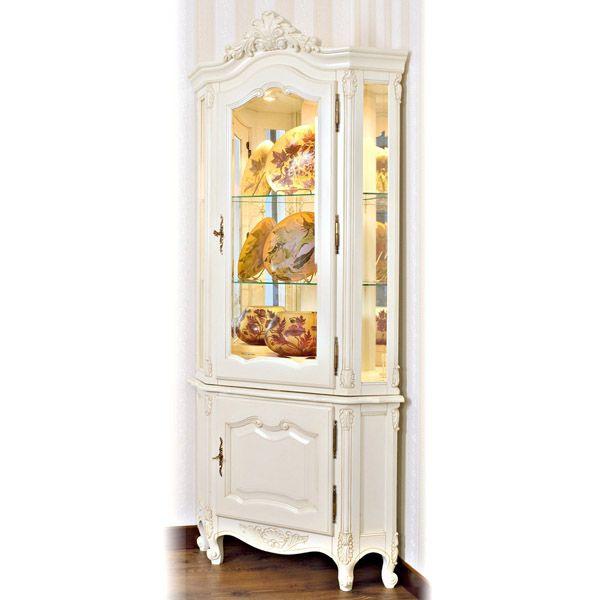 Eckvitrine WIEN weiß B100cm Ahorn Massivholz - Kunstvoll und mit Liebe zum Detail setzt diese Eckvitrine Ihre Kostbarkeiten in Szene. Der Schrank ist antik weiß bearbeitet. Edles Holz  trifft auf Landhausdesign.