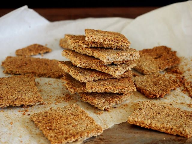 petite kitchen: sunflower sesame crackers