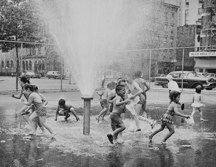 23 Vintage Photos That Show What Summer Fun Looked Like Before The Internet