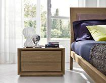 Mesa de noche / moderna / de madera / rectangular