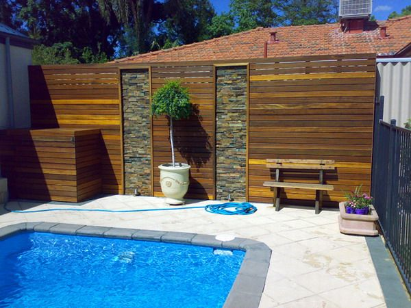Timber privacy screen around the 600 450 for Privacy pool screen