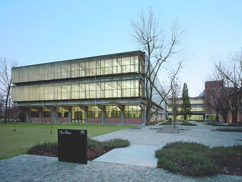 Здание Edificio Collezione Марамотти, Реджо-Эмилия, 2007 - Эндрю Хэпгуд