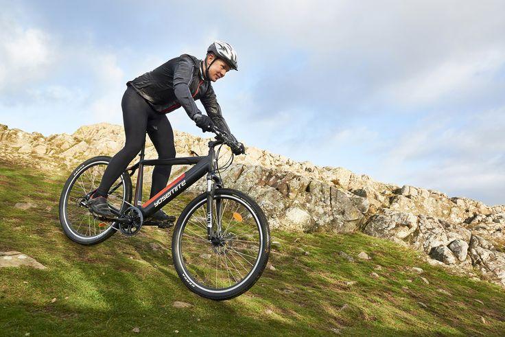 """Apua vaativaan maastoon! Maastopyörätyyppinen sähköpolkupyörä MTB 29"""" 7-vaihteinen (27-1444) on sporttisen näköinen pyörä. Polkupyörätietokoneesta näet mm. nopeuden, ajetun matkan, kokonaiskilometrit (ODO) sekä ajan."""