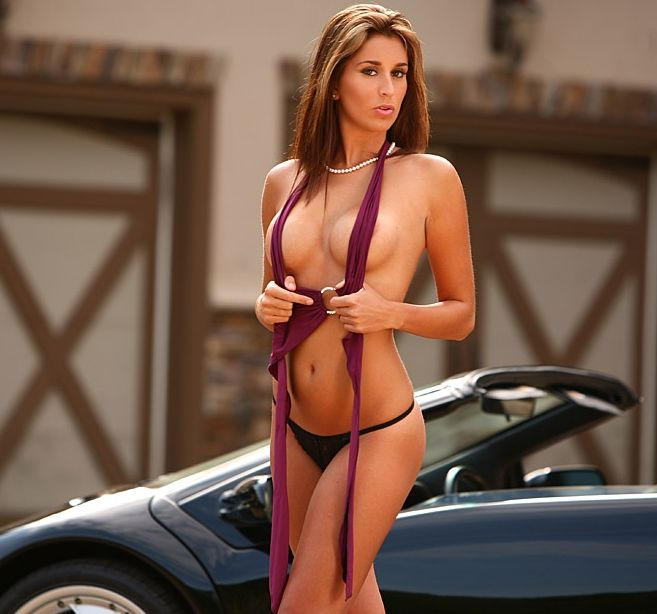naked girls on custom cars pics