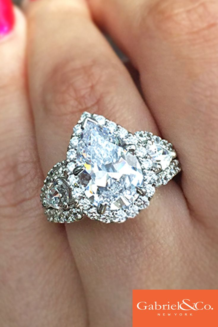25 Best Ideas About Huge Diamond Rings On Pinterest Diamond Engagement Rin