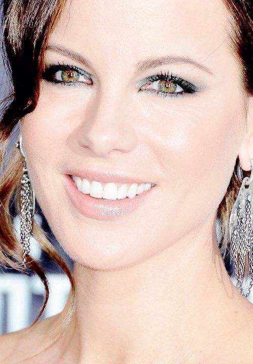 232 best Kate Beckinsale images on Pinterest | Kate beckinsale ...