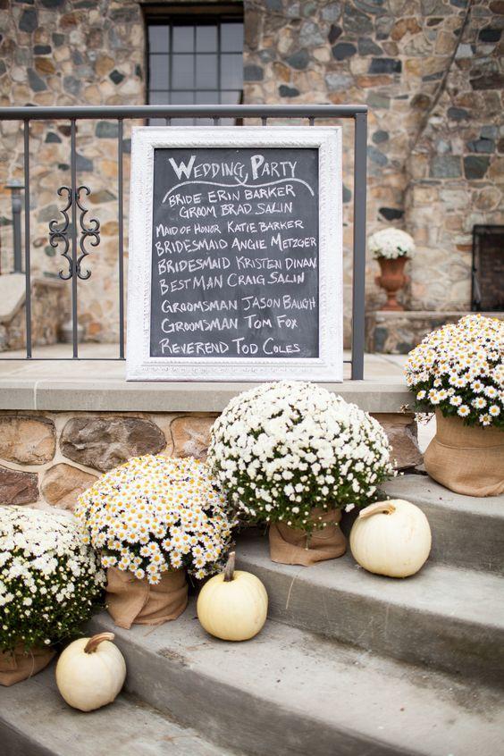 25 Best Ideas About Pumpkin Wedding Decorations On