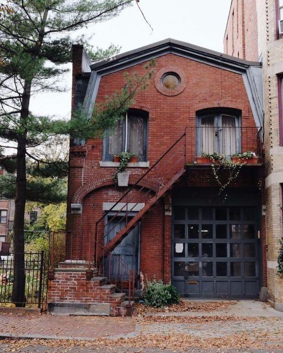 40 Incredible Lofts That Push Boundaries: 17 Best Ideas About Loft Apartments On Pinterest