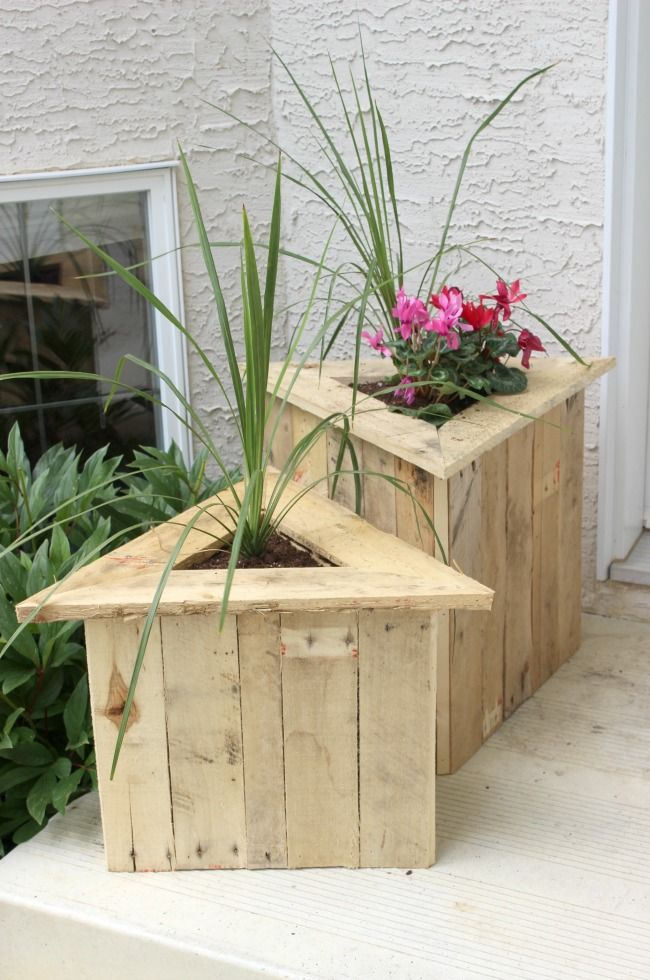 Triangle Pallet Planters - Love Create Celebrate