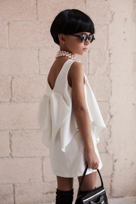 White Flower Girl Dress Girls wedding dress Special by CatteliyaTT, $143.00