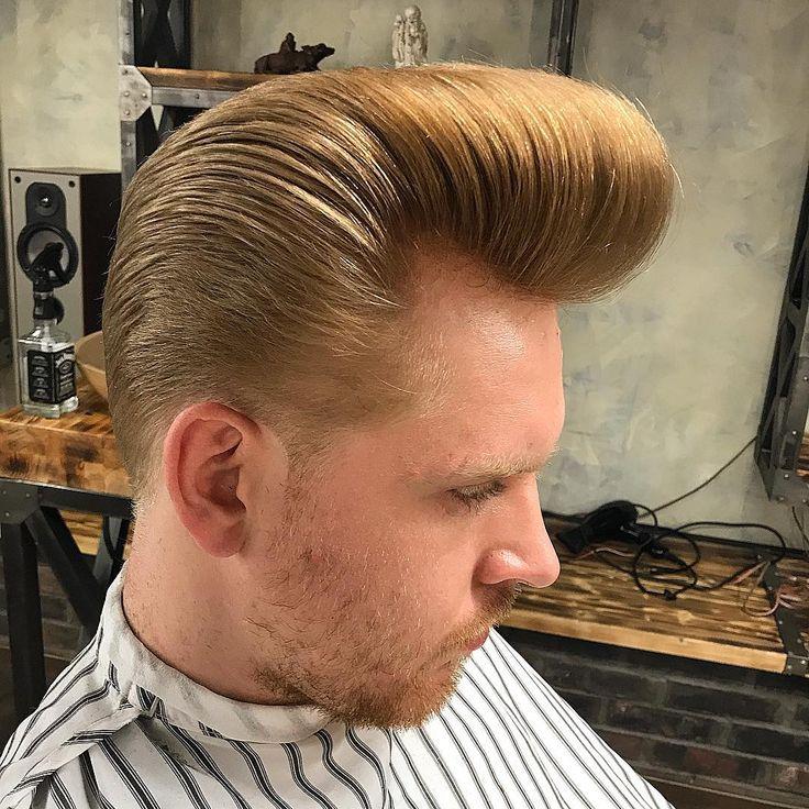 #classicisthewaywego #onlyclassicnoshit #oldschoolbarber #pompoholics #haircut #reuzel #ЧешИровНо #top10barbers