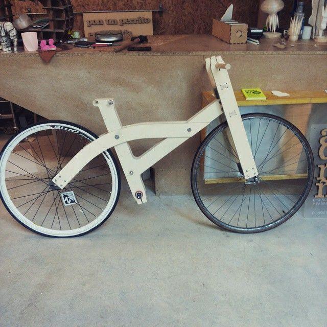 Primer prototipo en madera #openbike #diy #diseñoabierto #wood #bike #design #arquimaña